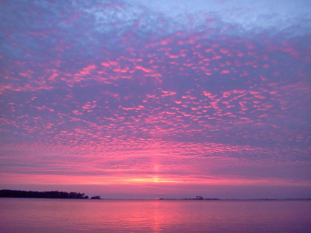 Dawn rises